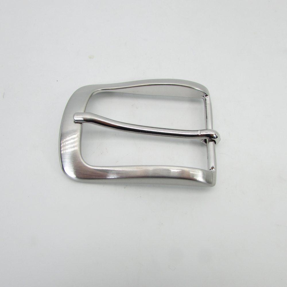 f89573721cd33a Silberne 3,5 cm breite Herren Gürtelschnalle, 18,00 €